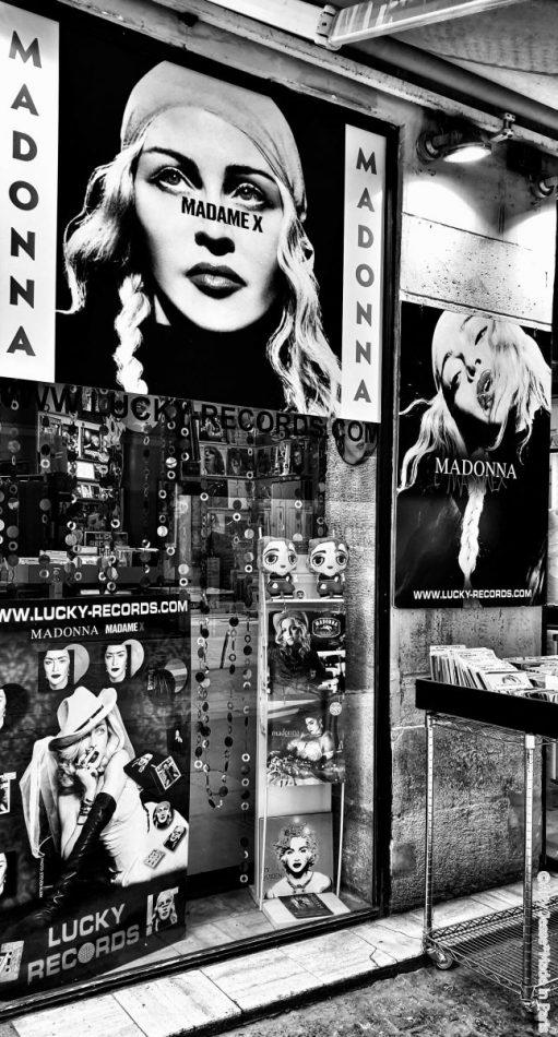 artiste peintre paris, lucky records, madonna